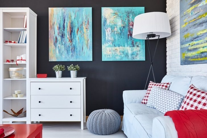 Home Decor painting in room