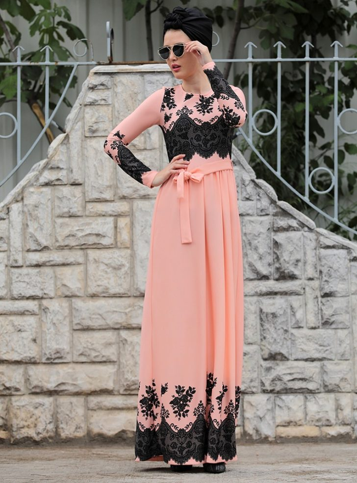 Maxi Pieces summer fashion girl