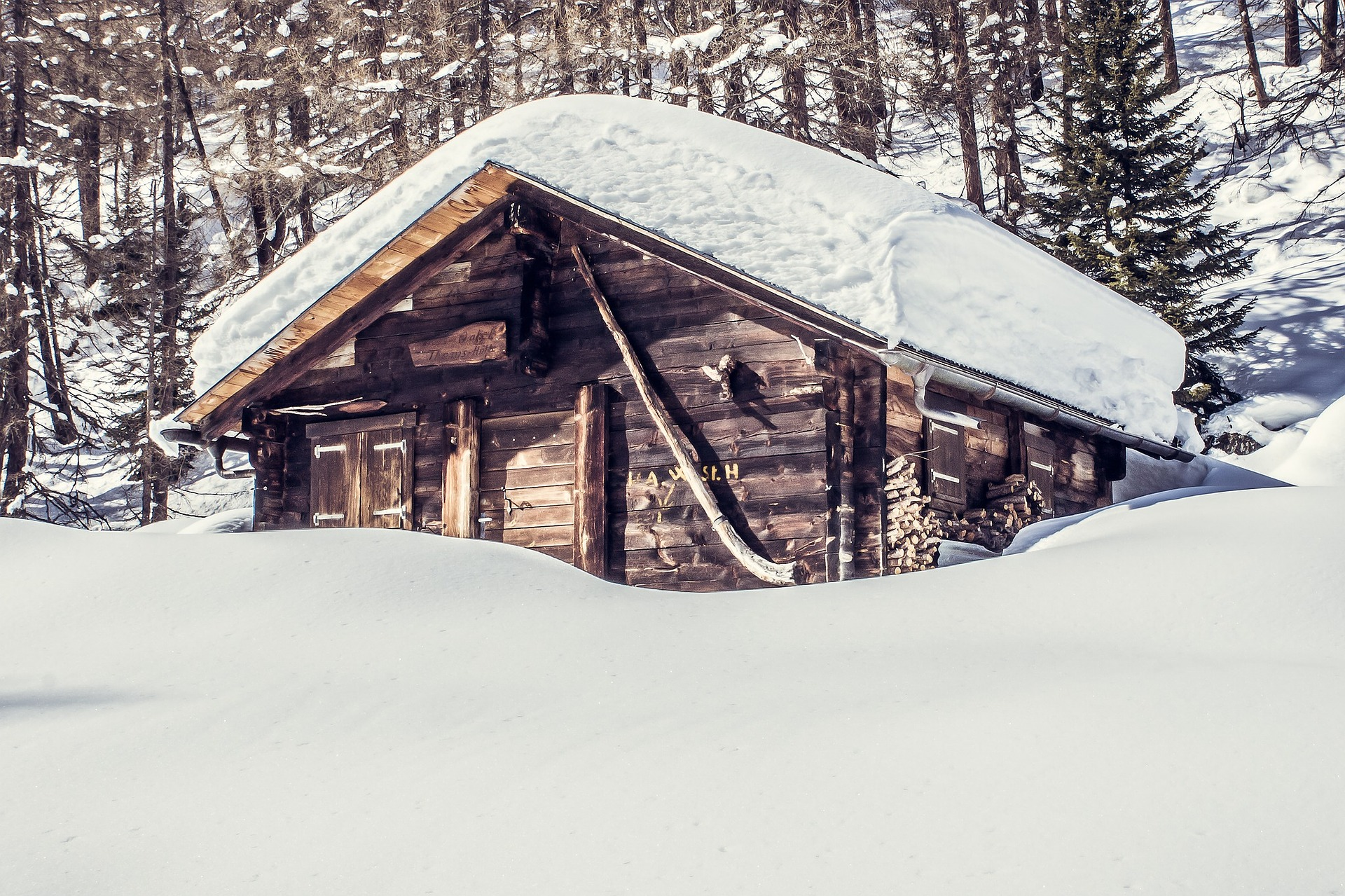 Timber Frame log cabin winter