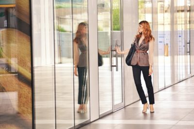 Workplace Fashion Trends woman in mirror