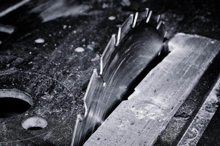 Saw Art: How To Prepare Your Old Saw Blade For Some Amazing Art Work