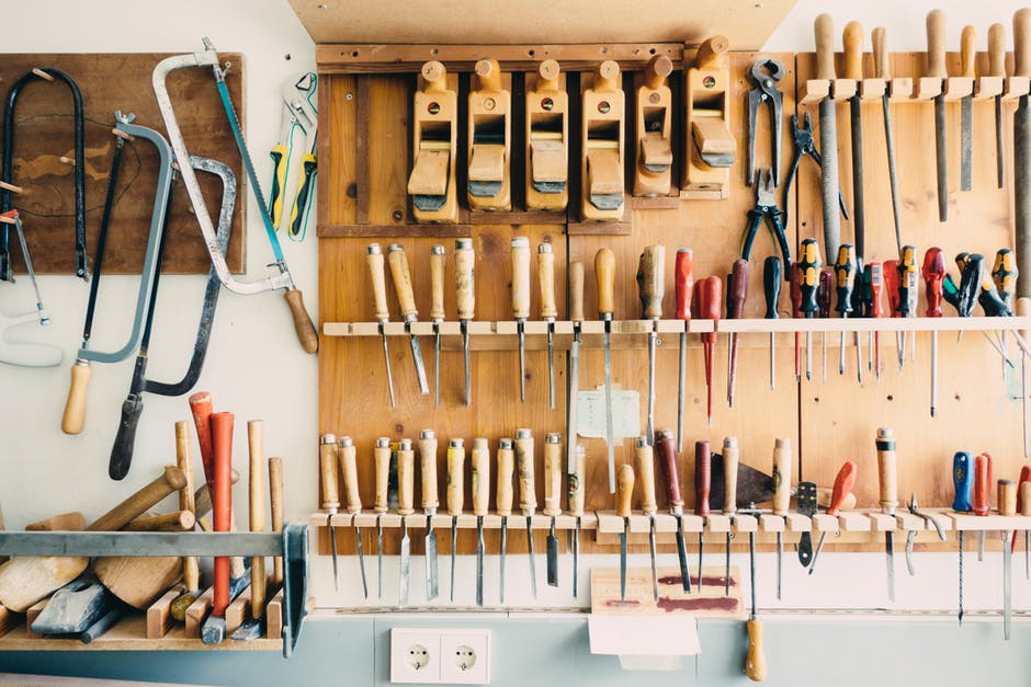 Neighborhood tools on board in garage