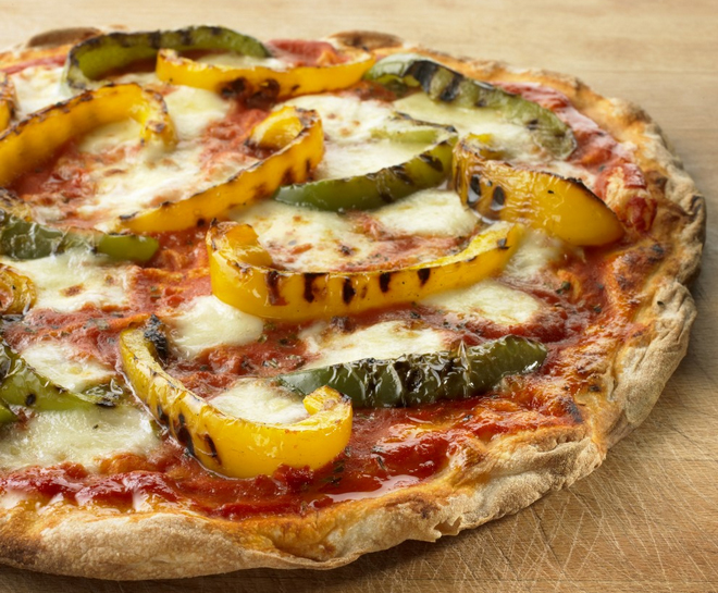 Pizza Myths green and yellow peppers