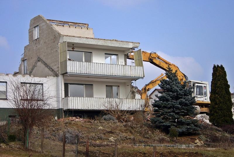 House Demolition wrecking crane