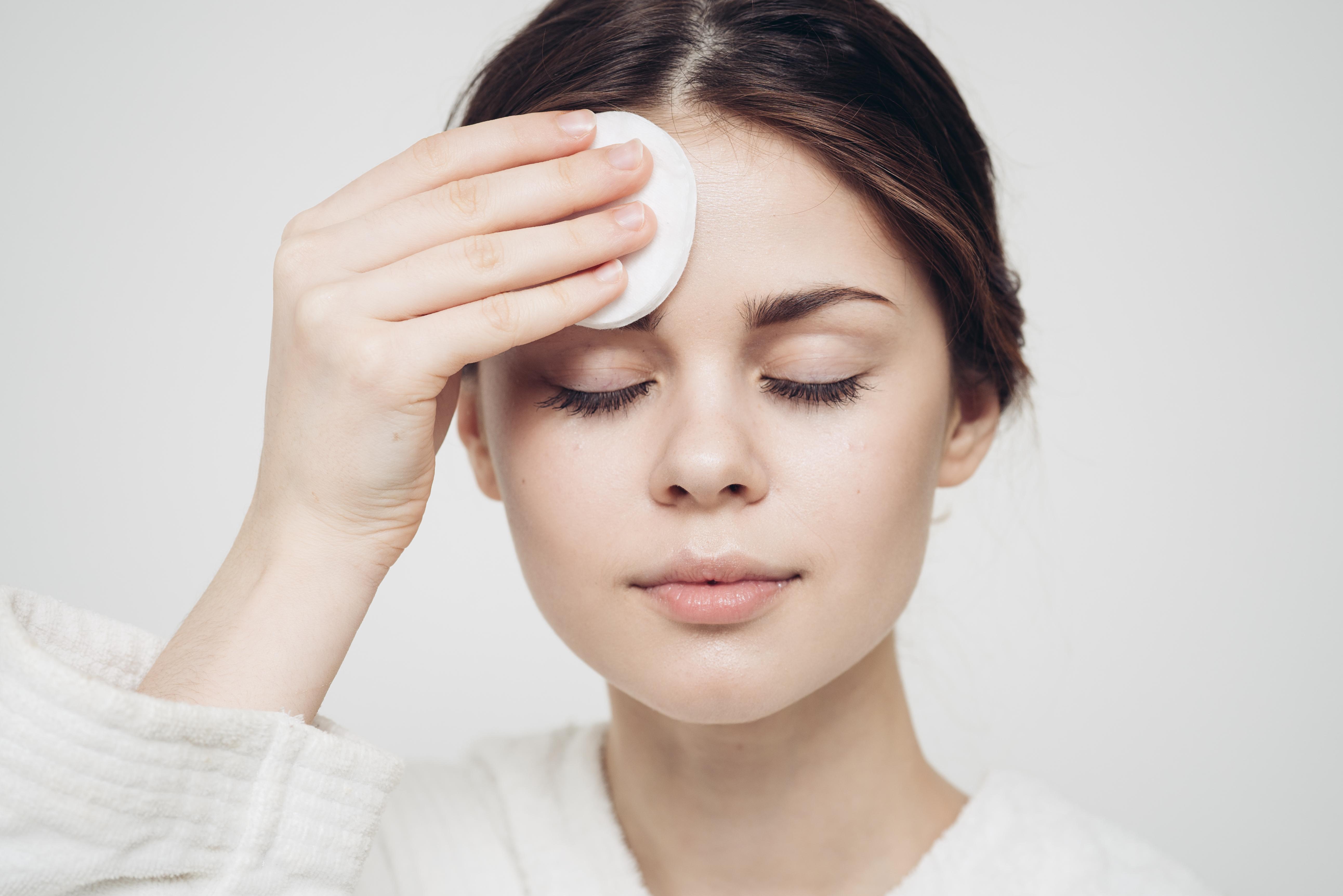 Skincare dry patting head