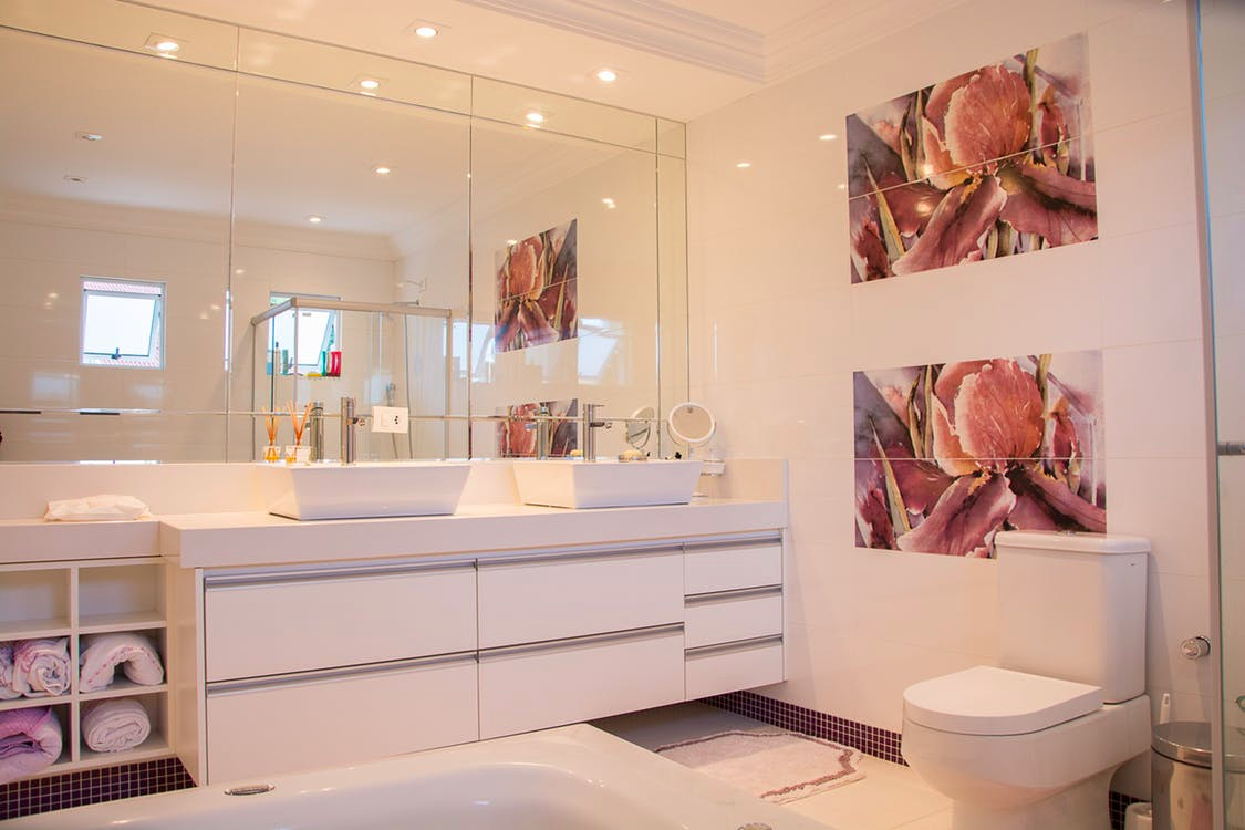 Bathroom Blunders: How To Get A Grip On Yours