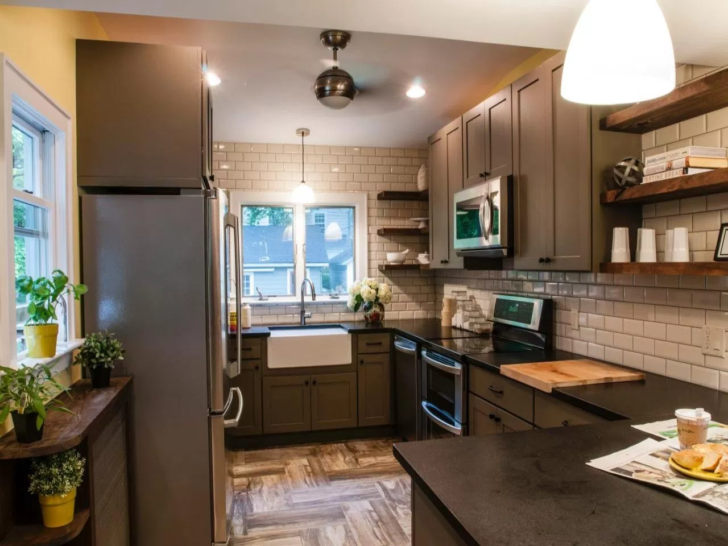 Insanely Smart Ways To Deal With A Tiny Kitchen