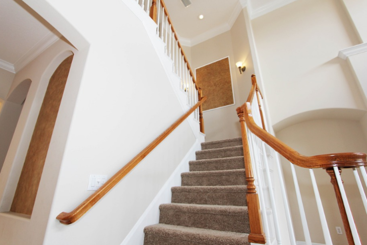 3 Unexpectedly Useful Areas Of Your House stairwell