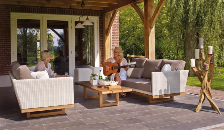Turning Your Garden Into An Outdoor Lounge