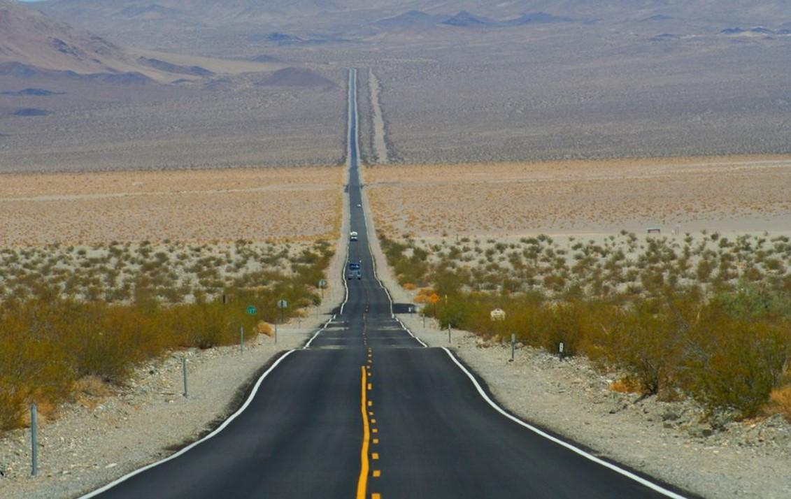 Death Valley road california