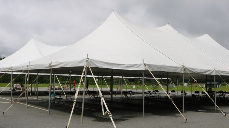 Stretch tent hire - your best option for hosting a party gloomy weather outside