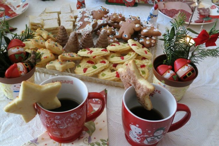 Your Survival Guide to Spending Christmas With the In-Laws food