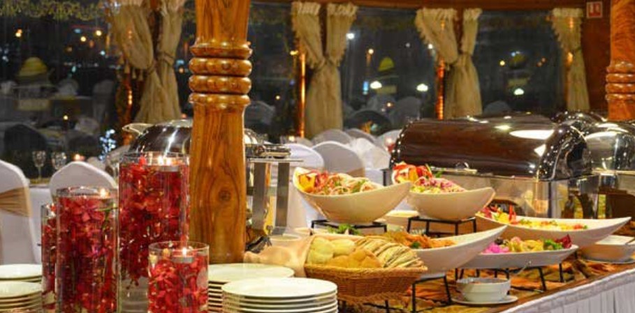 All Your Need To Know About Dhow Cruise Dubai food