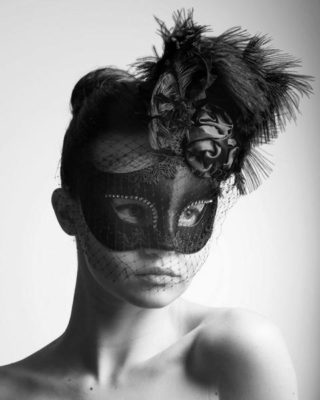 Be stunning behind the Mask