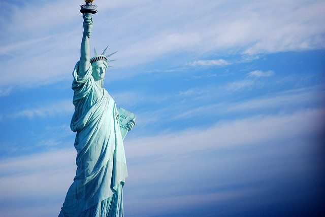 Taking A Bite Out Of The Big Apple: Advice For Planning A Weekend In New York statue of liberty