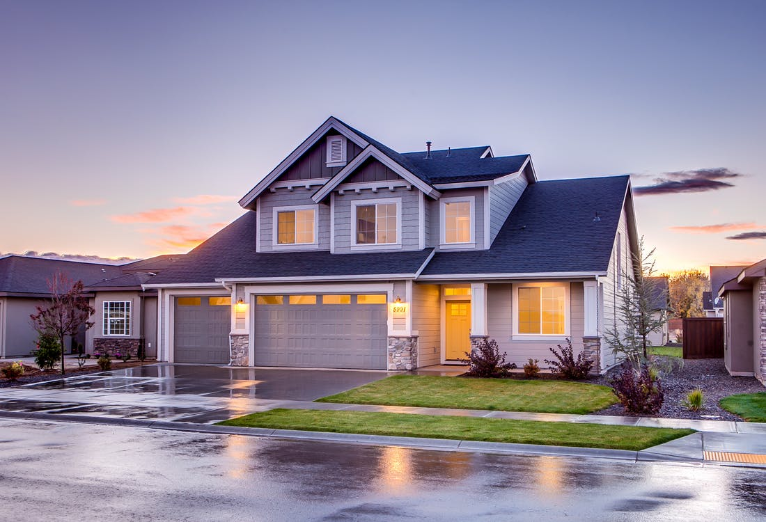 Deciding on Whether to Build or Buy a Home? Here Are 4 Signs That You Are a Perfect Candidate to Build