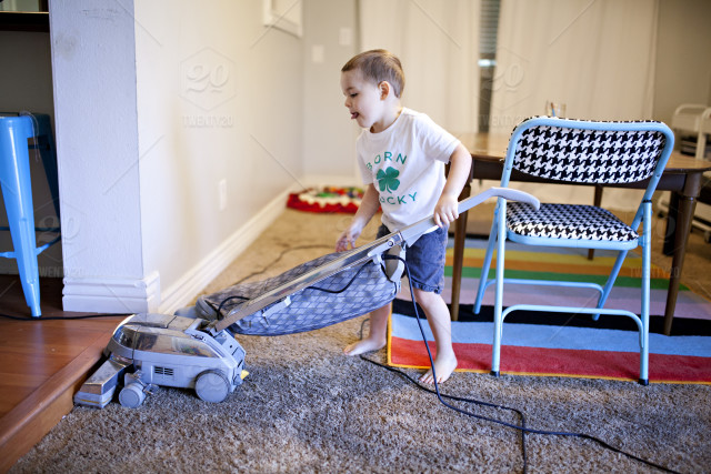 How to maintain a vacuum cleaner?