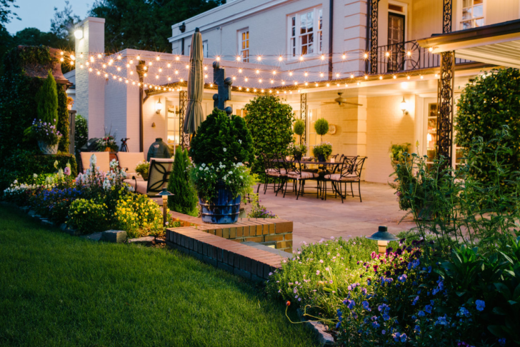 Outdoor Lighting Looks That Will Take Their Breath Away