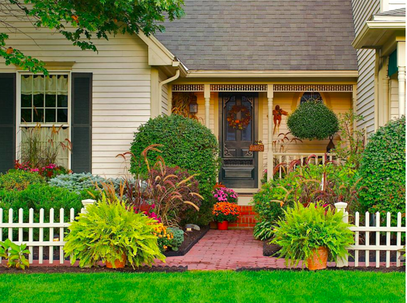 Six Houston Landscaping Tips For Homeowners