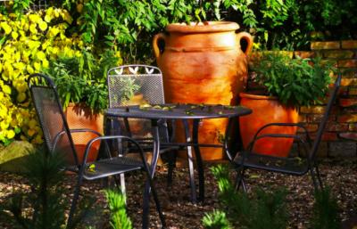 Easy Ways To Achieve An Ever-So-Stylish Mediterranean Garden