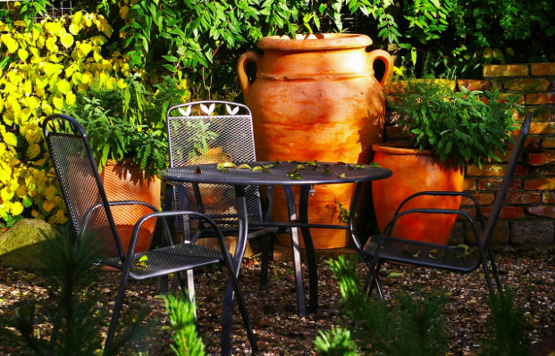 Easy Ways To Achieve An Ever-So-Stylish Mediterranean Garden