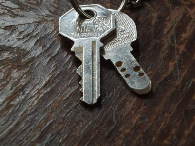 10 Crucial Things to Consider When Choosing a Locksmith