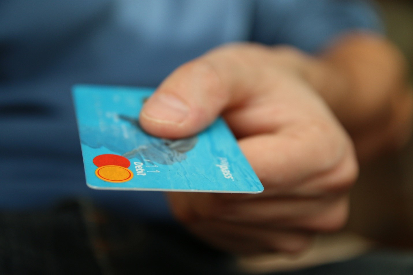 10 Crucial Things to Consider When Choosing a Locksmith credit card