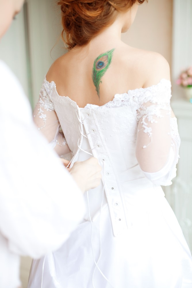 Key Tips On Selecting A Wedding Dress When You Have Tattoos zip up