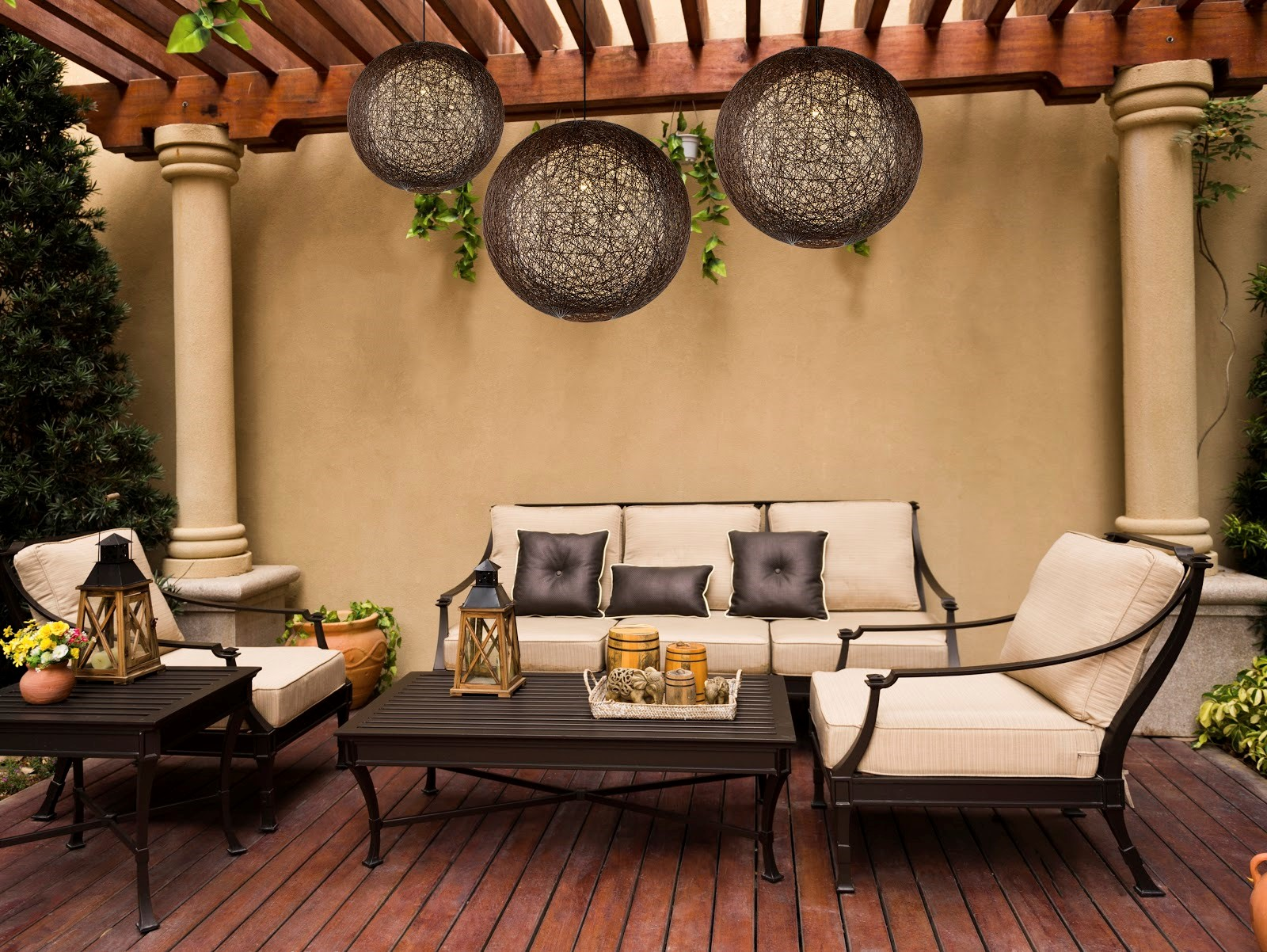 3 Best Lighting Fixtures to Illuminate Your Patio or Space outdoor