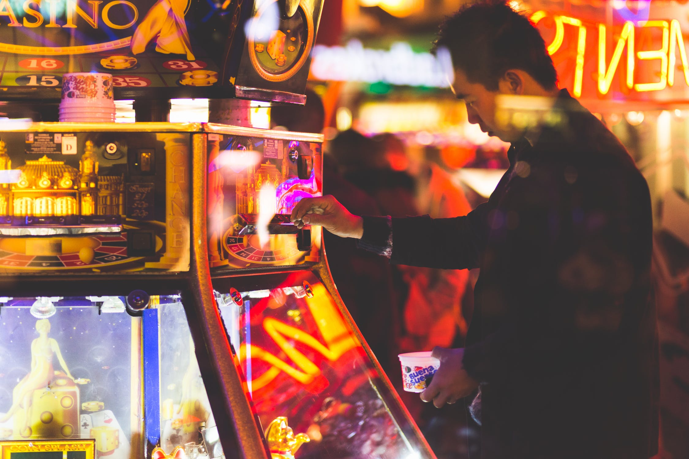 The Online Casino and Gambling Industry