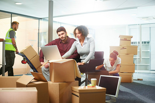 4 Important Tips To Make Your Moving Hassle-Free boxes