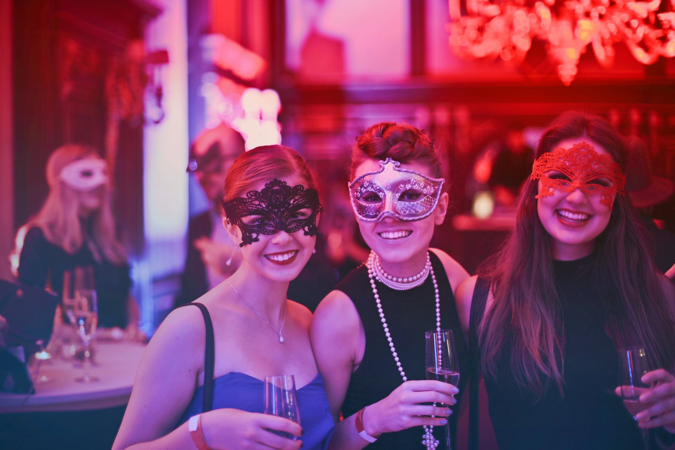How to Throw The Perfect Bachelorette Party