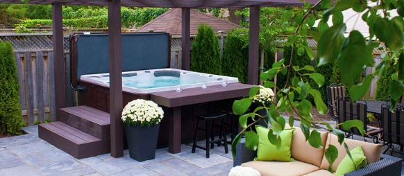 The 4 Best Places to Locate Your New Hot Tub privacy