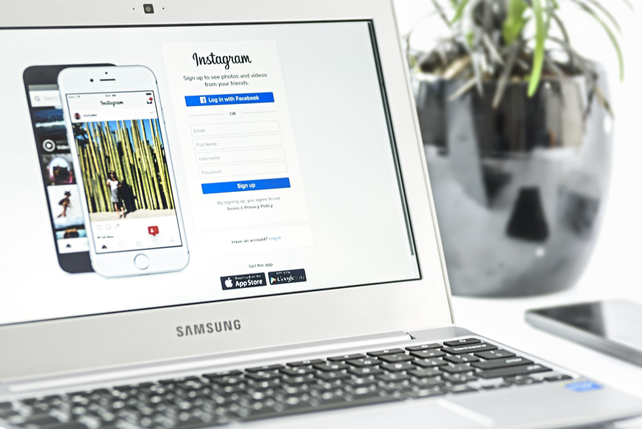 10 Reasons Why Businesses Should Market Their Products and Services Using Instagram