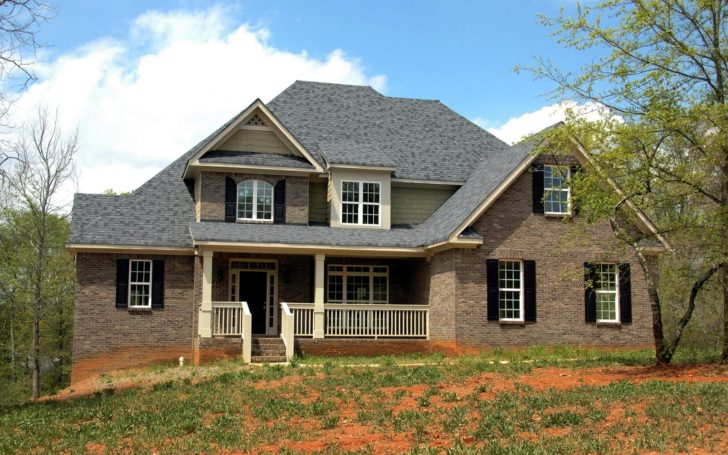 Top 4 Benefits of Installing a New Roof
