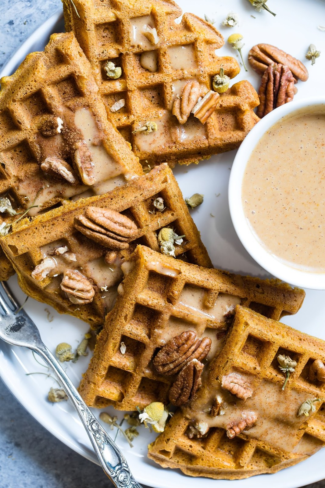 5 Hearty Ideas For A Sumptuous Easter Brunch waffles