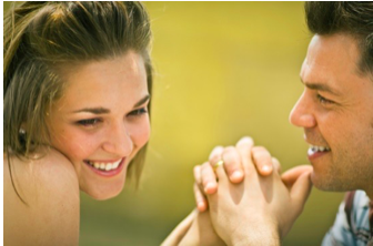 4 Ways to Improve Your Online Dating Profile