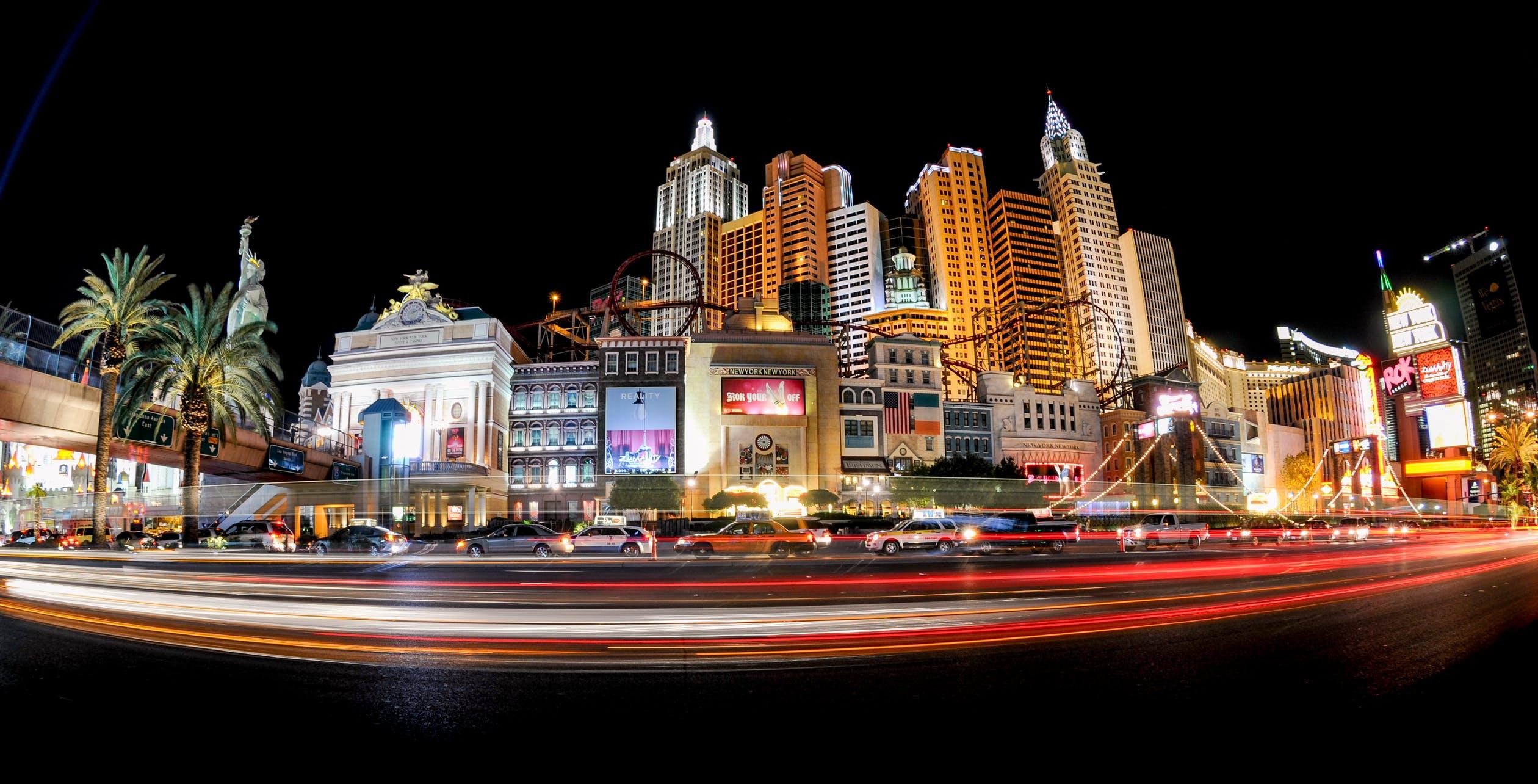 World Gambling Hotspots – Las Vegas vs. Macau