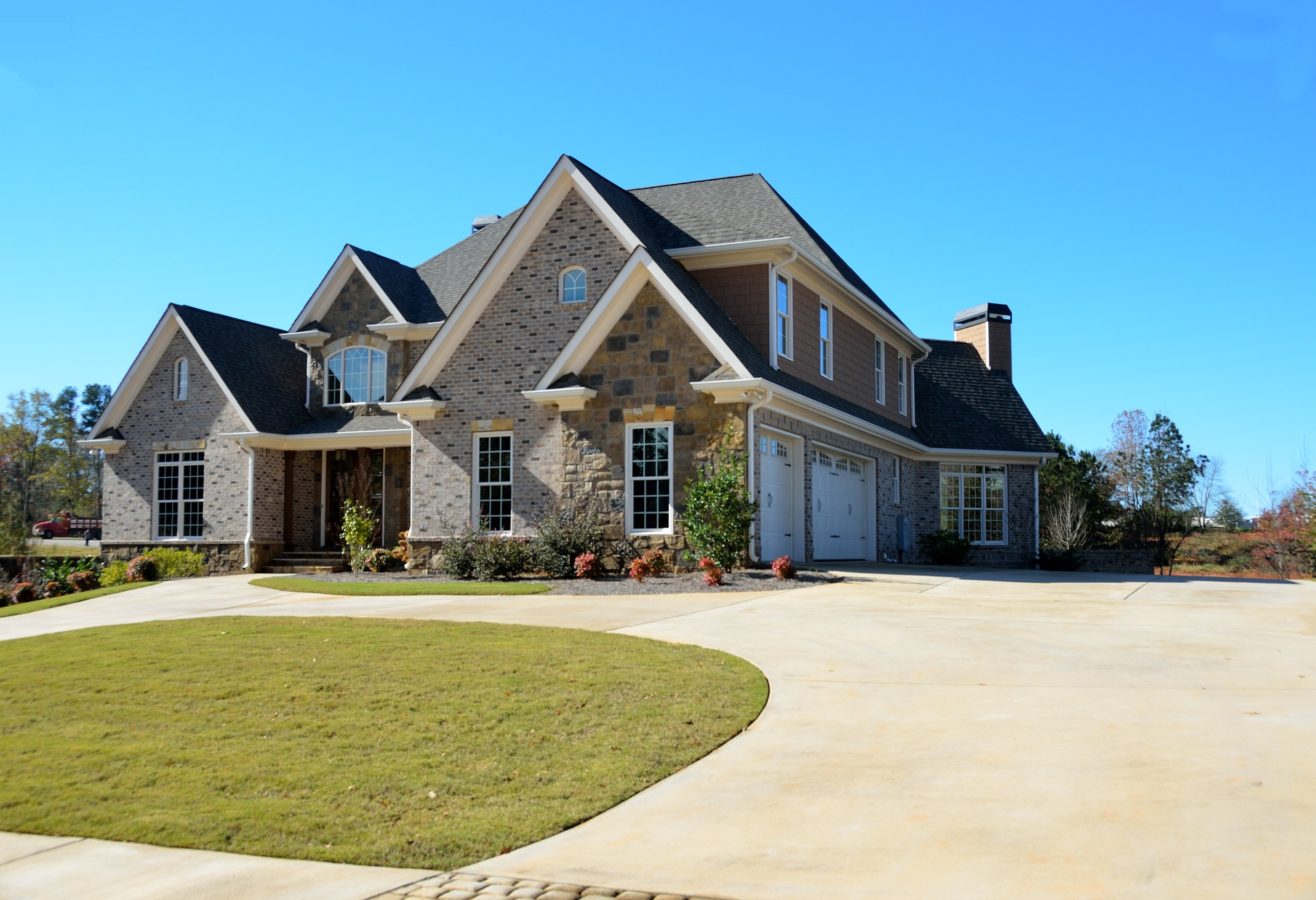 Advantages Of Using Spray-on Paving For Your House home