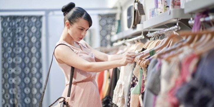 4 Tips for Women Who Prefer Shopping Apparels Online Over Physical Stores