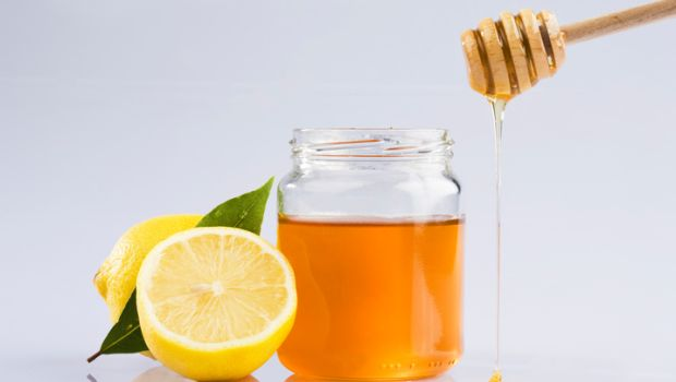 Effective Homemade Cleansers For Oily Skin honey