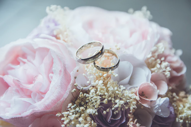 6 Essential Wedding Tasks That No One Will Tell You wedding rings