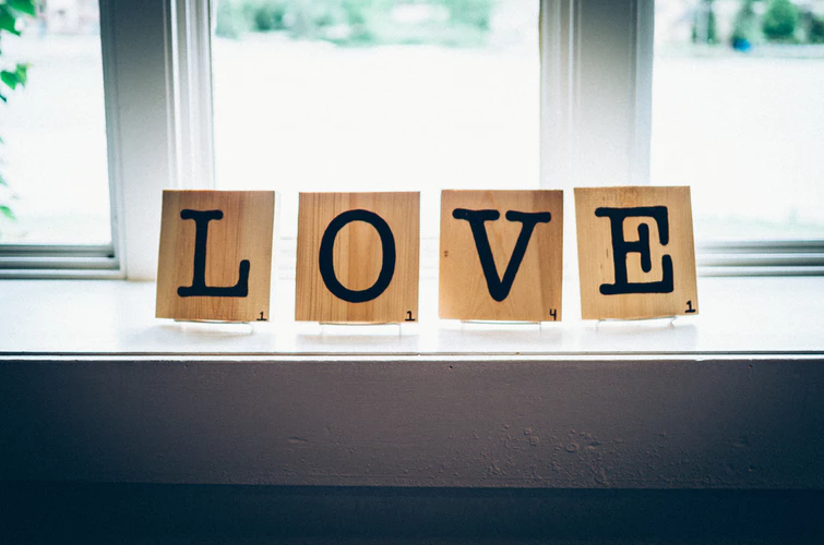6 Essential Wedding Tasks That No One Will Tell You love sign