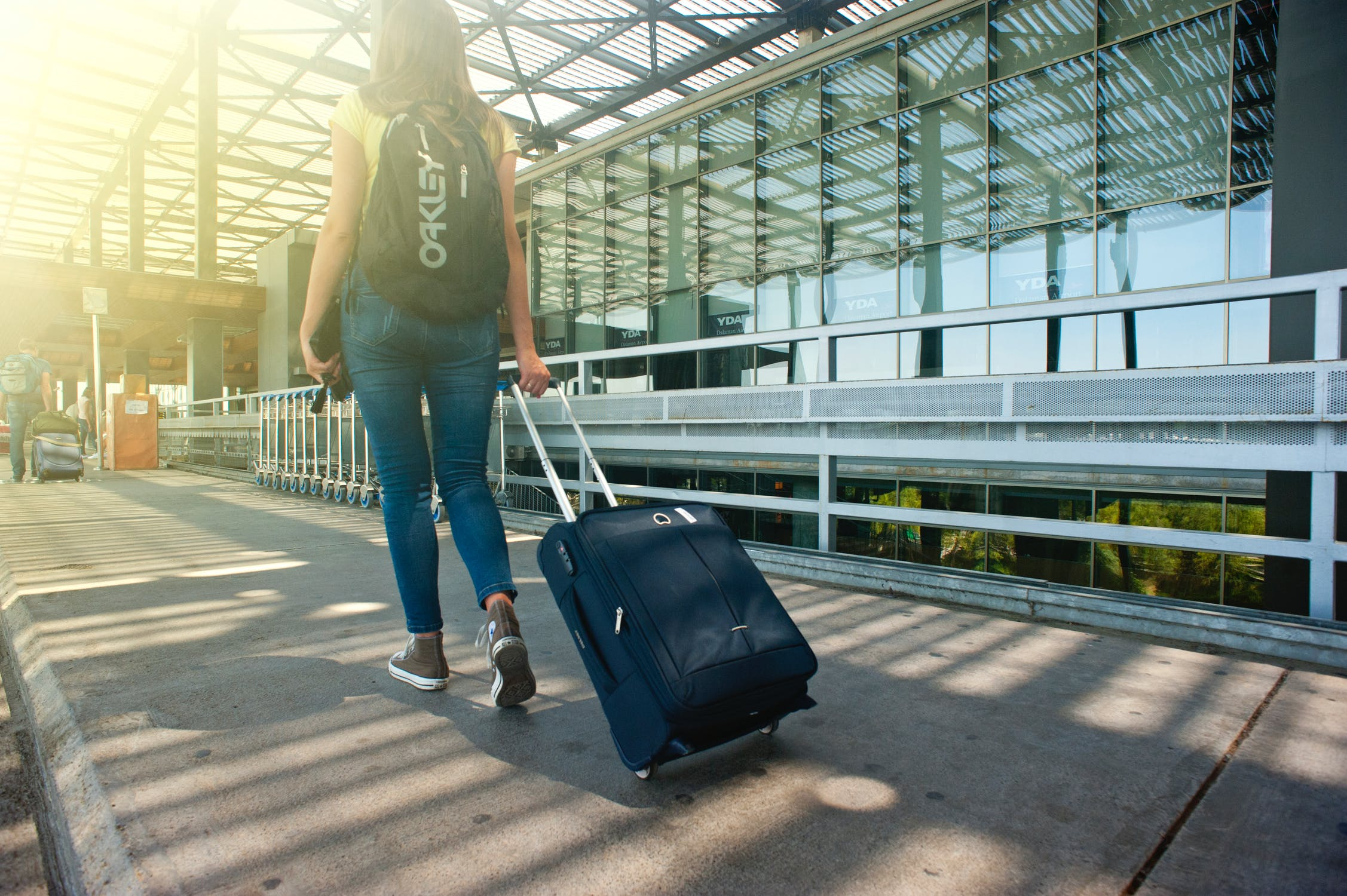 Reasons why should you opt for Airport transfer services