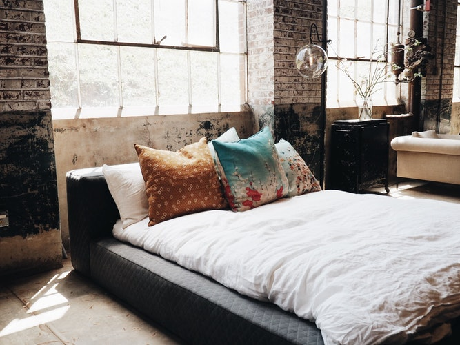 7 Ways To Turn Your Boudoir Into A Zen Den