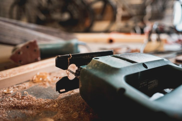 5 Easy DIY Projects Using A Jig Saw