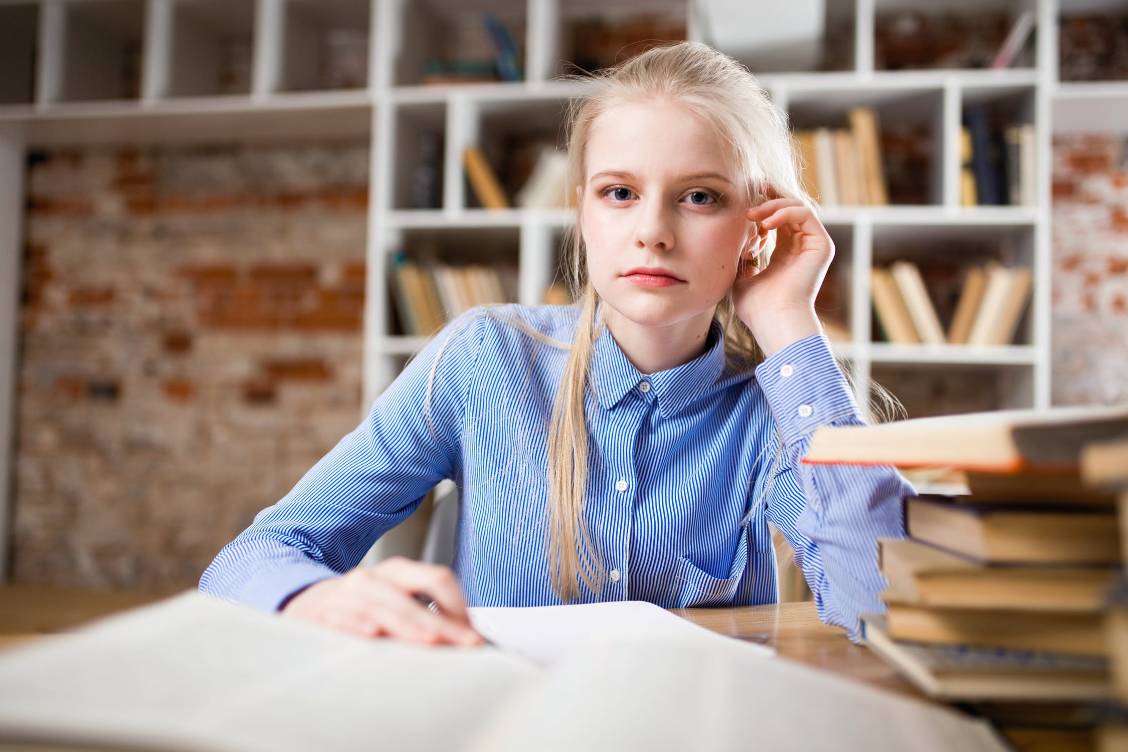 How Can Students Improve Essay Writing Skill