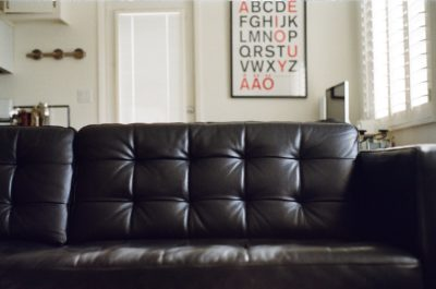 Tips to preserve leather sofa from wear and tear
