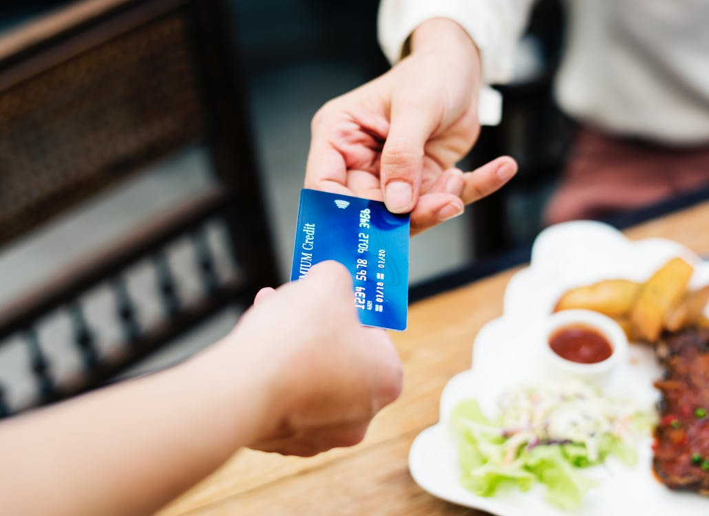 Pros & Cons of Debit Cards