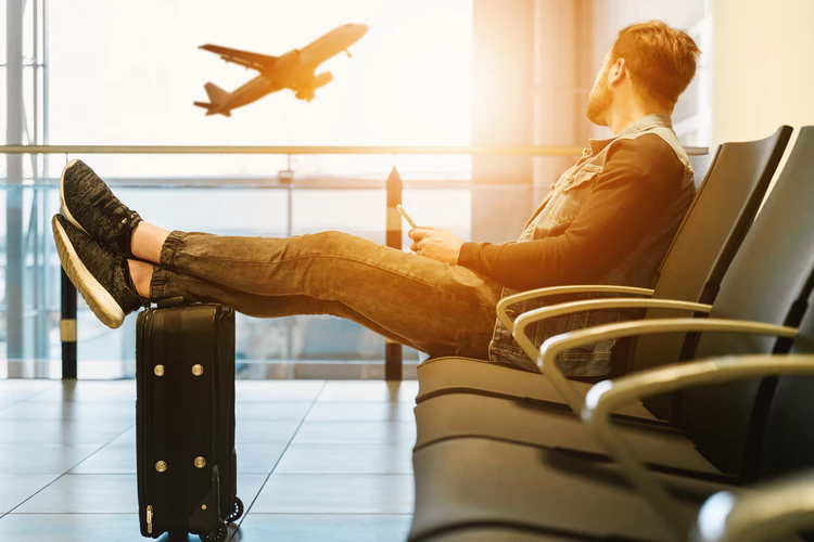 6 Travel Essentials That Most People Forget